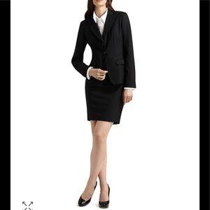 PRADA Pencil Skirt Black Size: 38